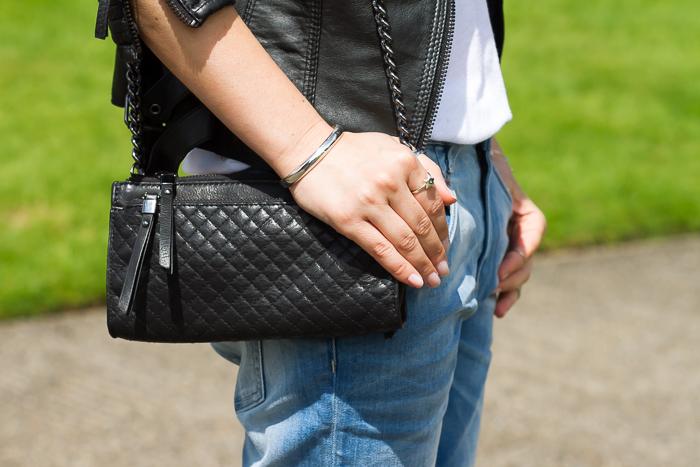 bolso acolchado de cuero negro de zara