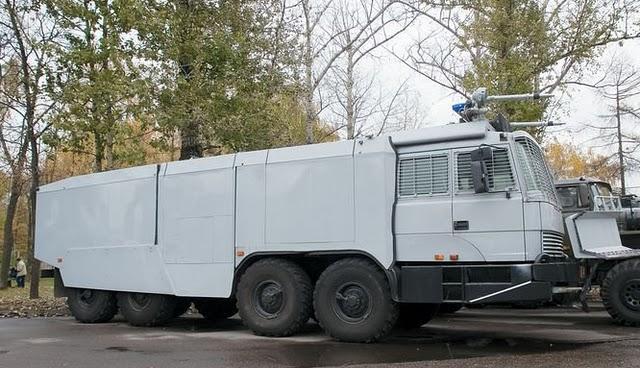 videos de camiones blindados antidisturbios avalancha urss