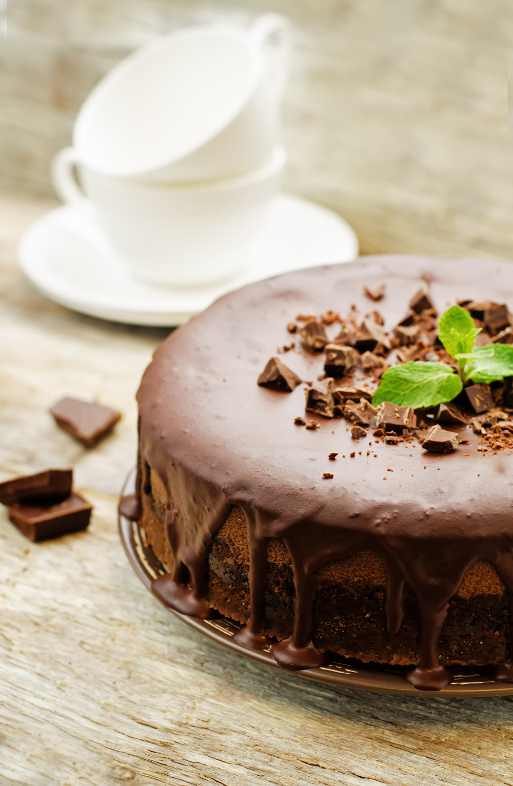 french flourless chocolate cake / gluten free / vegetarian / easy / healthy desserts / special treats / mousse cake / via fashioned by love british fashion blog