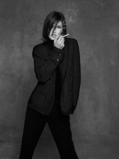 chanel-jacket-linda_evangelista-the-little-black-jacket-chanel-classic-revisited-by-karl-lagerfeld-and-carine-roitfeld