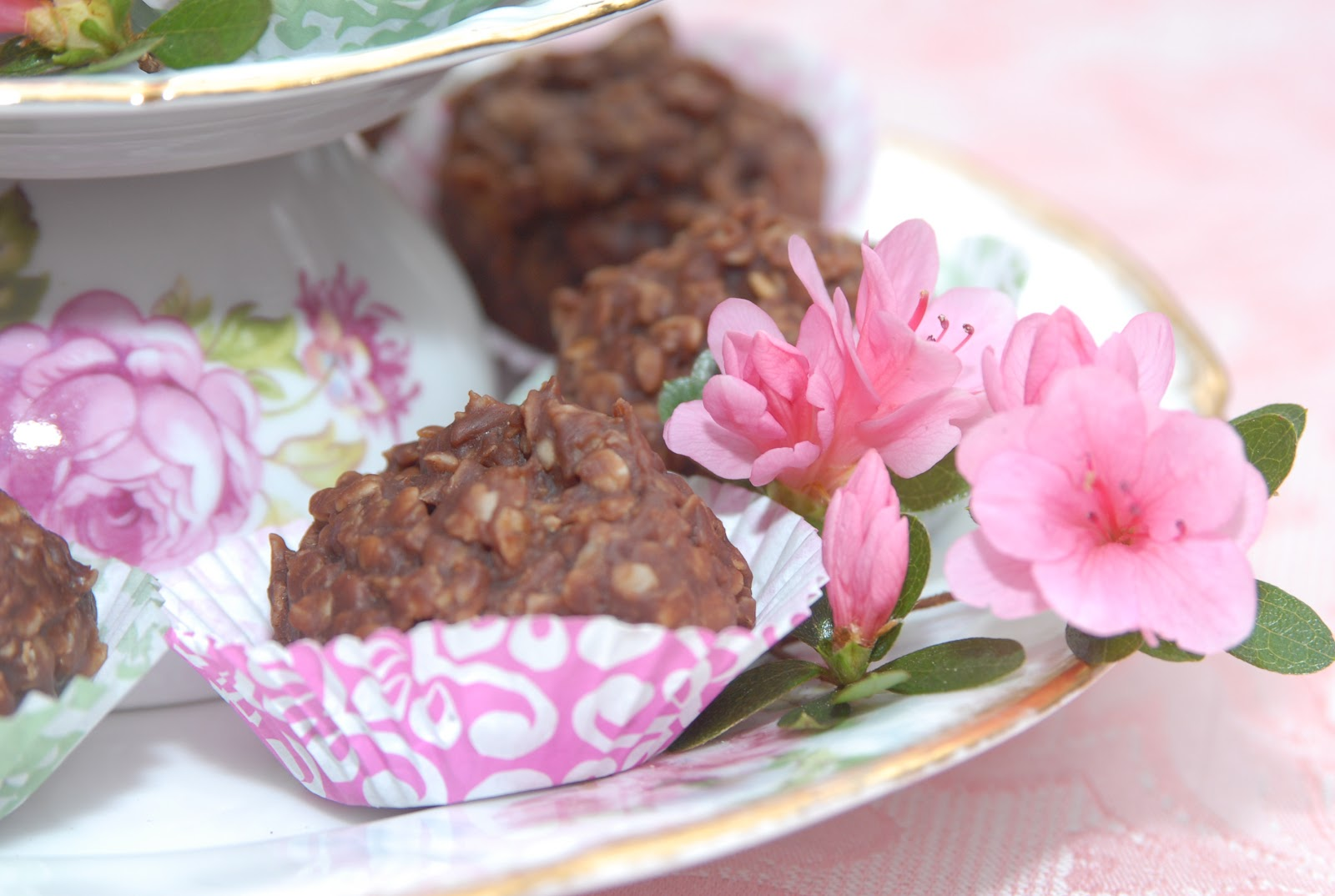 Pink Piccadilly Pastries: Nutella No Bake Cookies