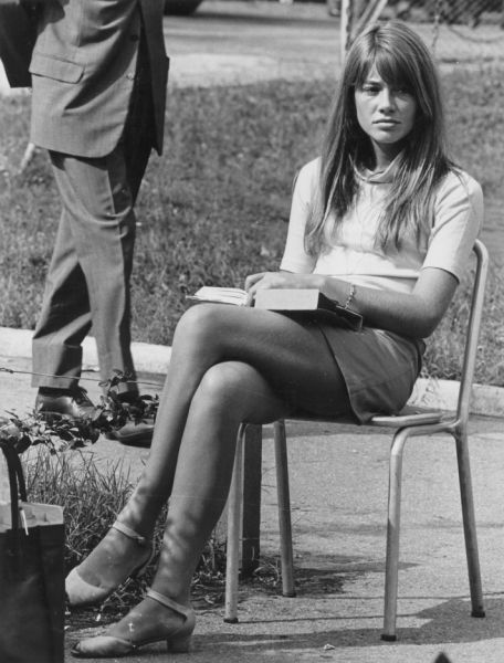 classicforever lovely lady of the week francoise hardy. Black Bedroom Furniture Sets. Home Design Ideas