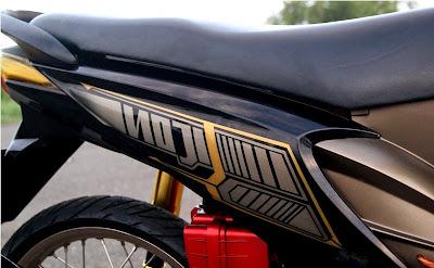 Motor Honda Beat Hitam Modifikasi