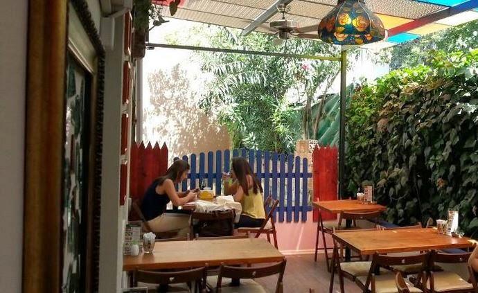 Mosquito Kafe Kadıköy