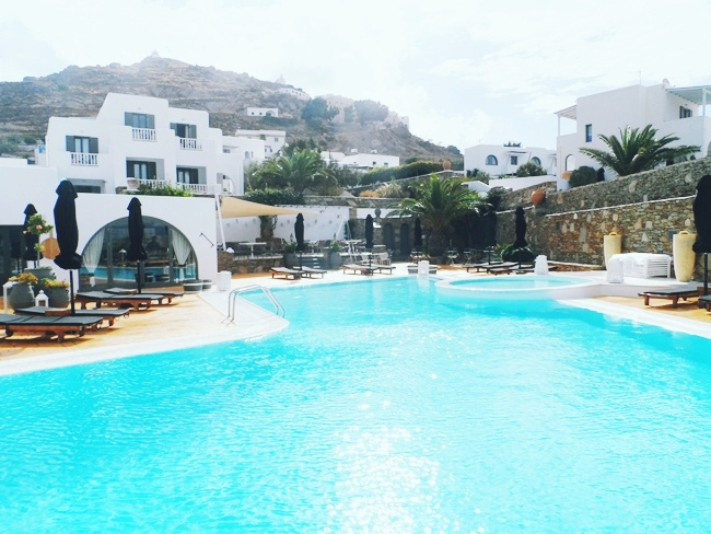 Liostasi hotel & spa pool.Luxury hotels in Ios.Where to stay in Ios.Best hotels in Ios.Ios island travel guide.Ios ostrvo luksuzni hoteli.Liostasi hotel & spa bazen.