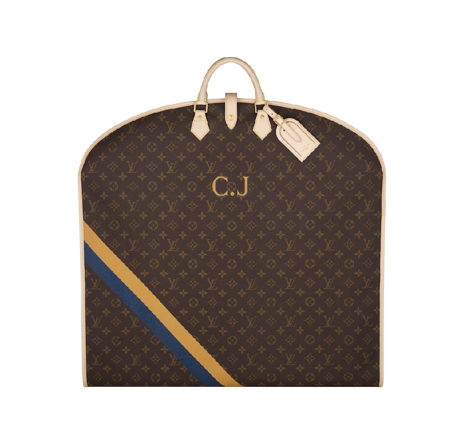 Servicio Mon Monogram de Louis Vuitton en portatrajes