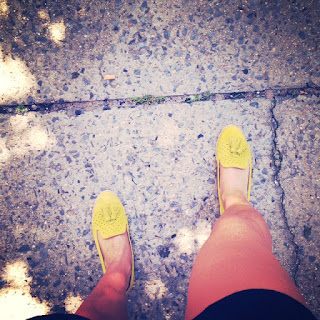 Dolce Vita loafers, acid yellow loafers, yellow Dolce Vita shoes, suede loafers with tassles, tassled flats shoes, Dolce Vita green flats