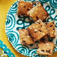 Gluten-Free Chocolate Chip Blondies Recipe