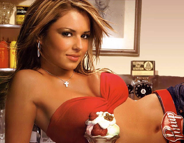 Hot Pictures of Cheryl Tweedy