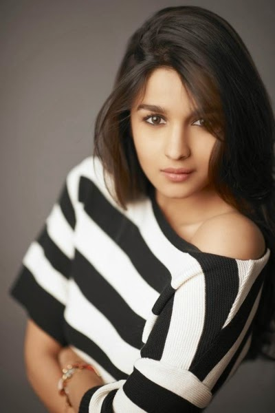 Alia Bhatt Hot HD Photoshoot 2014 Wallpaper