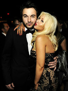 Boyfriend Is Pressuring Christina Aguilera into Marriage 2.jpg
