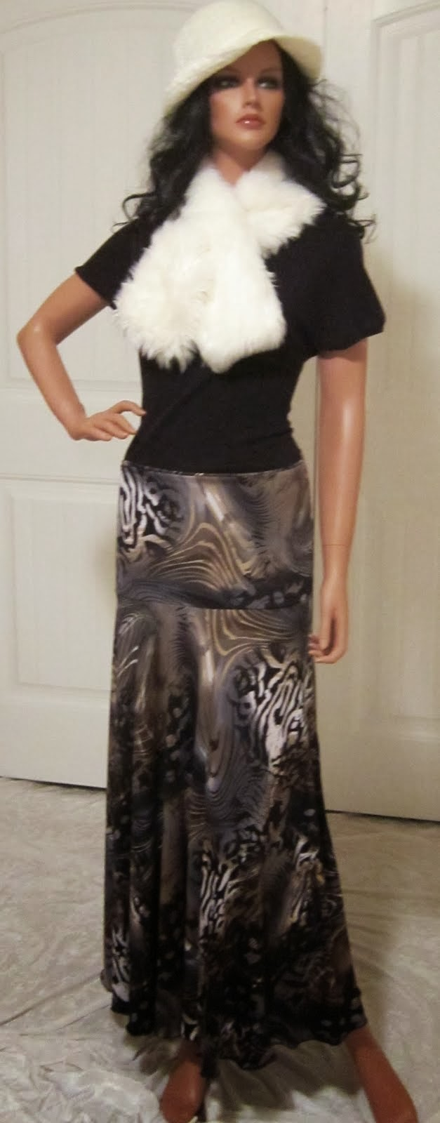 Ladies Grey and Tan Abstract Animal Print Stretch Knit Jersey Maxi Skirt