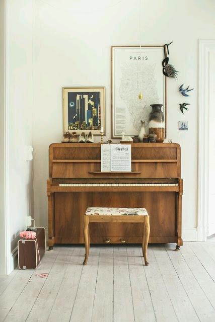 ozolhos tambem comem andorinhas para encher a casa de amor. Black Bedroom Furniture Sets. Home Design Ideas