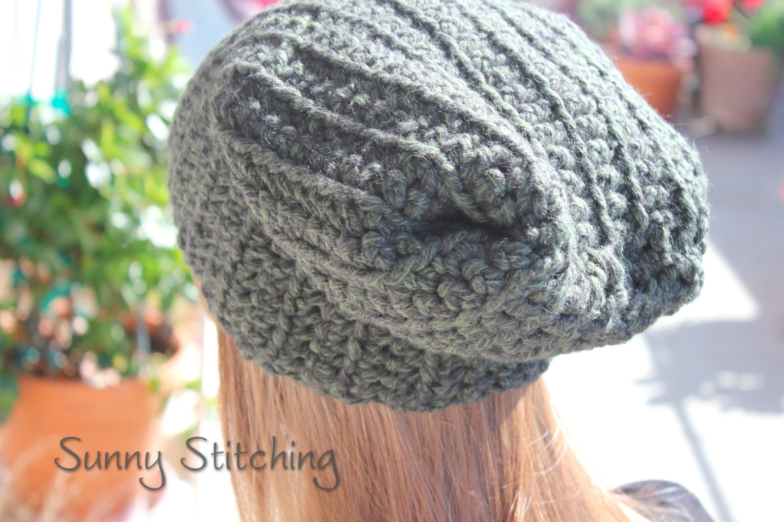 Click here to access the Slouchy Hat Free Crochet Pattern **: sunnystitching.blogspot.com/2013/01/slouchy-hat-crochet-pattern.html
