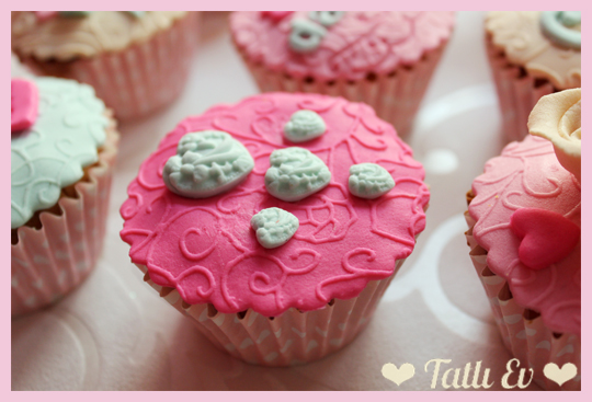 cupcake_tasarimi_romantik_cupcake_seti_sevgiliye