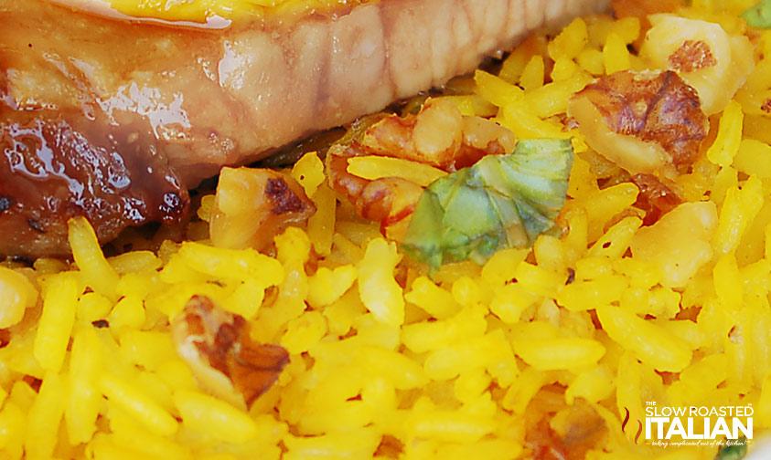 http://www.theslowroasteditalian.com/2011/09/saffron-walnut-rice-pilaf-dinner.html