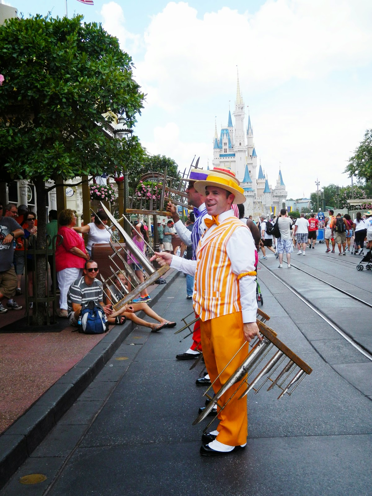 disney world castle Dapper Dan yellow