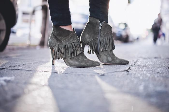 ankle boots fringe