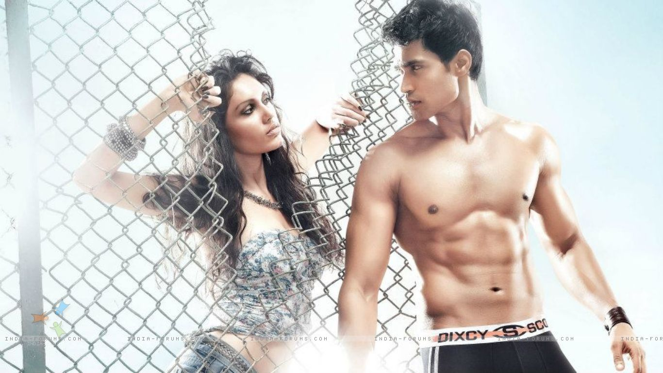 http://2.bp.blogspot.com/-JrgC9OWgxiU/UXAUy1CFuKI/AAAAAAAAXh4/6ffDxNpUCkU/s1600/http___img.india-forums.com_wallpapers_1366x768_272649-farhan-khan-modelling.jpg