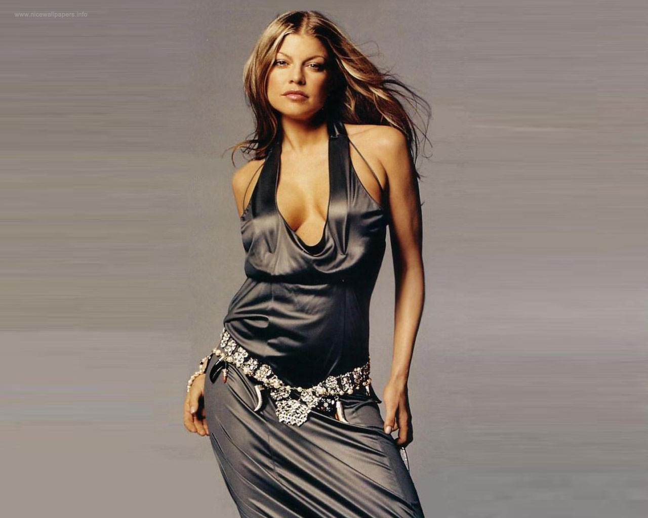 Sexy Fergie Hot Sizzling Wallpapers ~ 521 Entertainment World Fergie