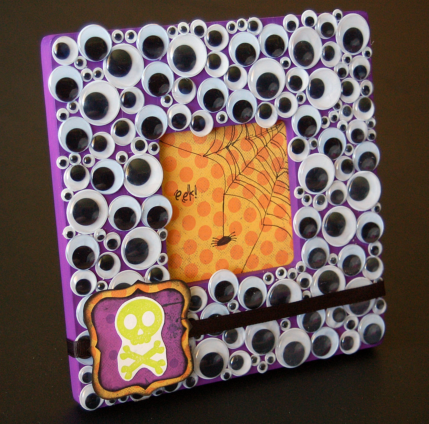 Pinterest crafts for halloween home design ideas for Picture frame crafts for adults