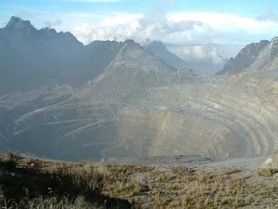 Grasberg, Indonesia | www.wizyuloverz.com