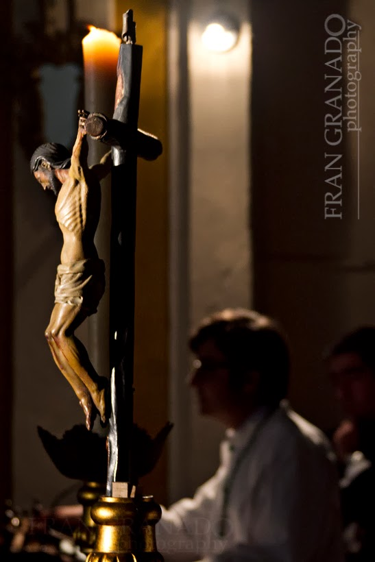 http://franciscogranadopatero35.blogspot.com/2014/01/lagrimas-de-esperanza-un-viernes-santo.html