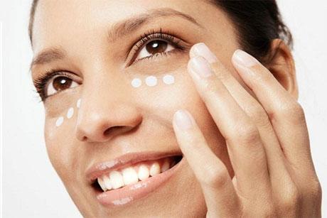 Que procedimientos cosméticos de las arrugas bajo los ojos