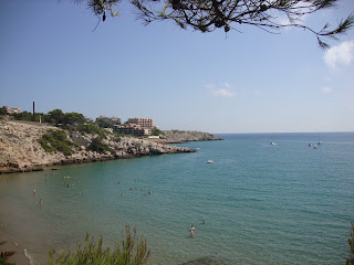 Crystal Clear Water beautiful Beach - Tarragona