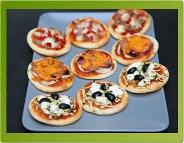 recettes du chef mini pizza a la p te feuillet exemple la cr ole. Black Bedroom Furniture Sets. Home Design Ideas