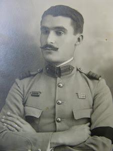 Armando Castelo, Irmão de Clementina Castelo