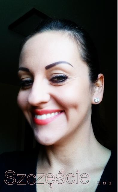 blogerka wnętrzarska,blog o wnętrzach,wnętrza inpiracje porady,polishgirl,czerwone usta,kobieta,woman,lifestyle,Diana,szczęście porady,czym jest szczęście,make up,