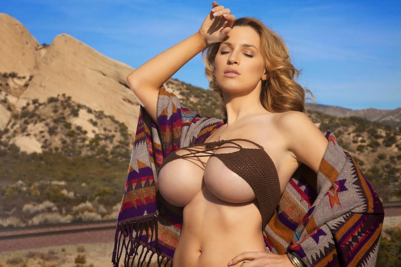 Jordan Carver Full Boobs Show in Small Bikini Indian ...