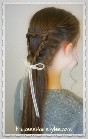 Triangle/heart lace braid
