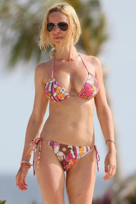 alicia douvall is a woman in a bikini i rest my case main 915 Joe Jordan spent seven seasons with the Orioles as the director of amateur ...