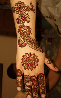 Latest Glitter Mehndi Designs 2012