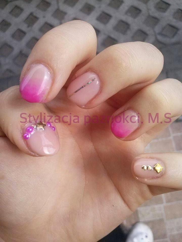 Dziś kolejne porcje zdjęć paznokci lakierami hybrydowymi zapraszam do oglądania i komentowania :)