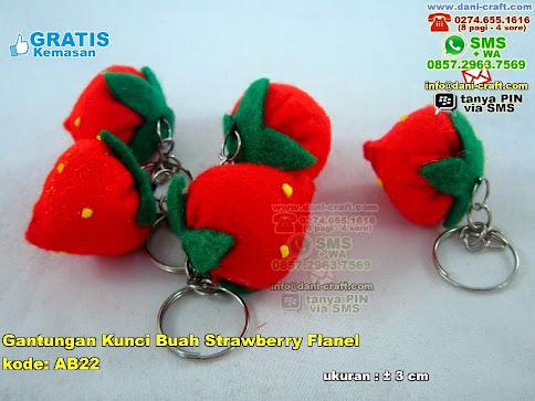 Gantungan Kunci Buah Strawberry Flanel Flanel