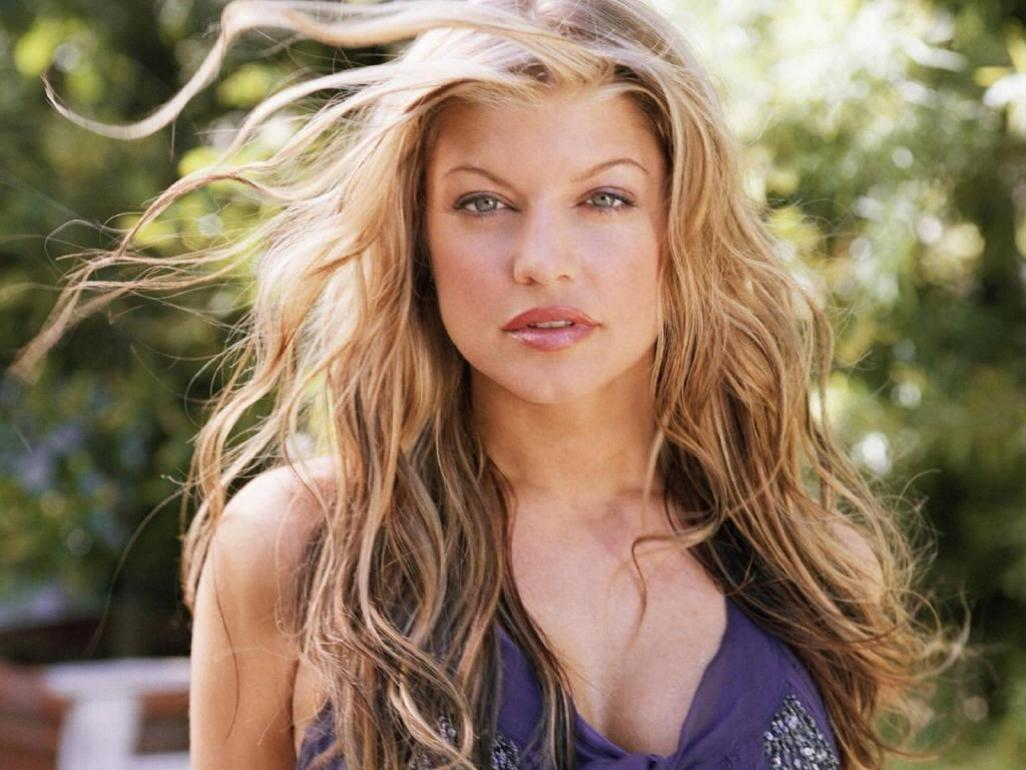 LONDON LOVE FASHION: Stacy Ferguson Hot Wallpapers Fergie
