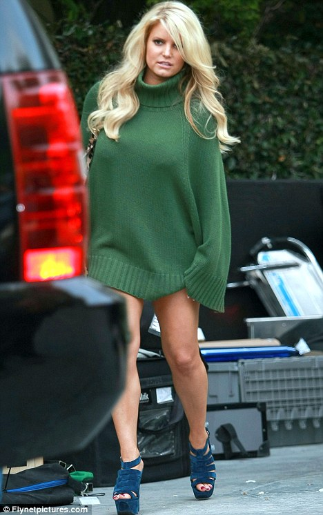 Jessica Simpson and si... Ashlee Simpson Shoes