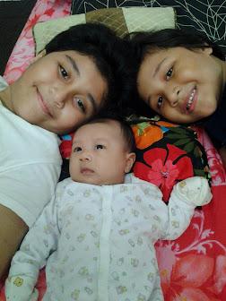 Asterisk's Twinkle Little Stars : ADRIANNA SOFEA (8), ALEESYA SUMAIRA (5) & ADELIA SHARLEEZ (2m)