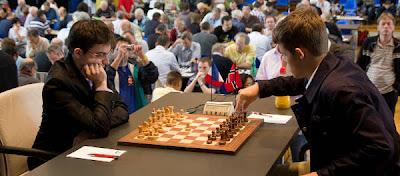 Echecs à Bienne : Maxime Vachier-Lagrave (2722) 1-0 Magnus Carlsen (2821) © site officiel