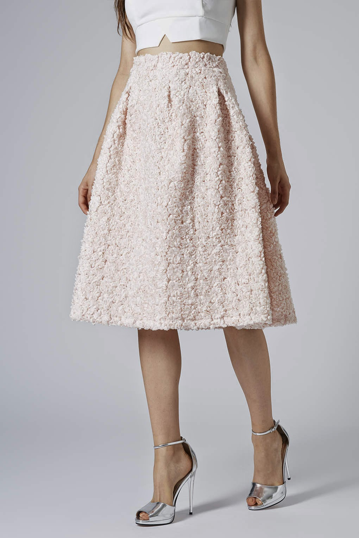 fluffy pink skirt