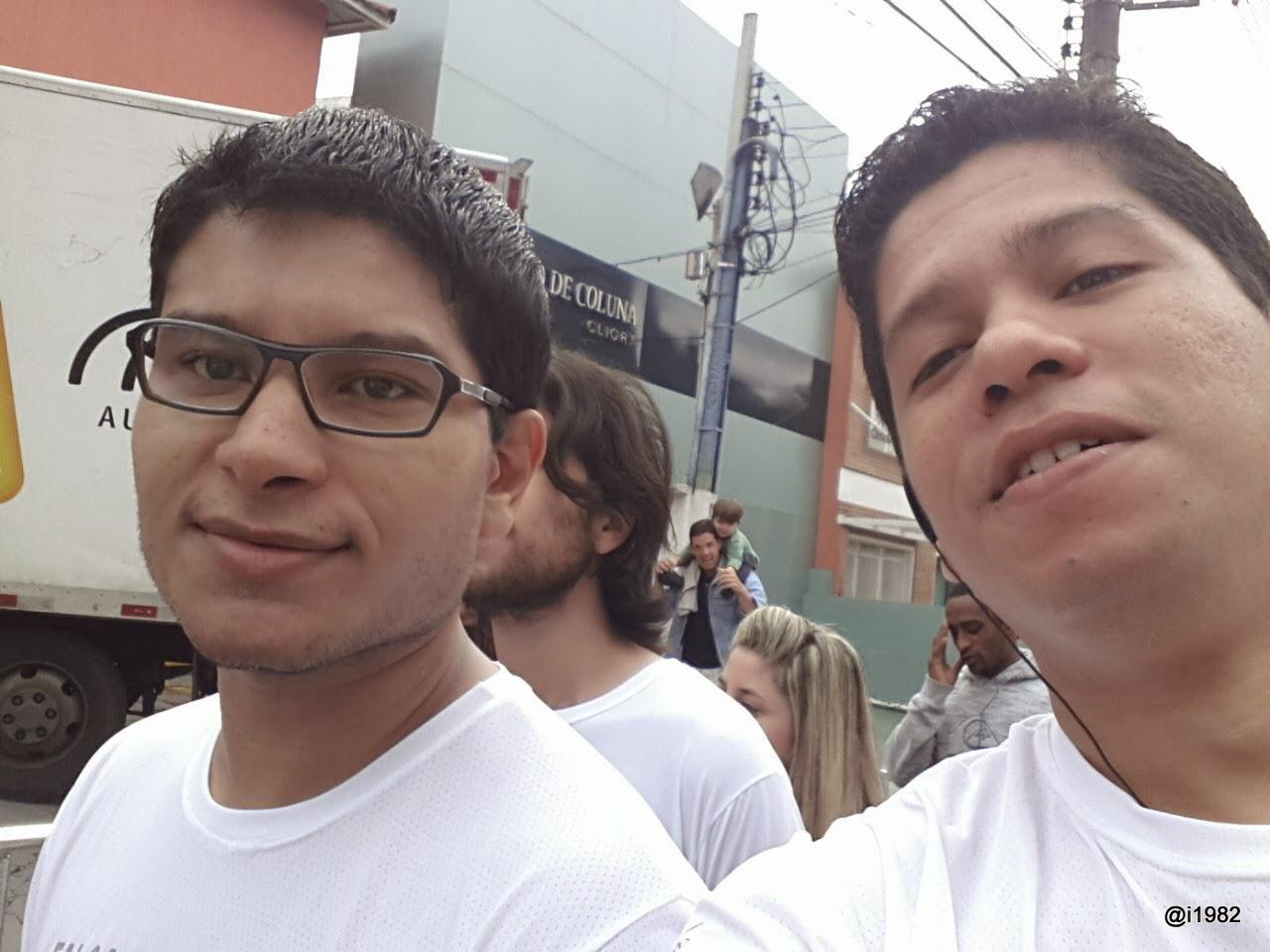 Eu e o meu sobrinho parceiro nas corridas Daniel - Corrida Caminho da Paz 2013