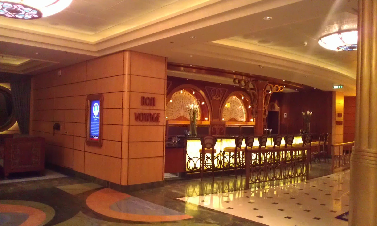Lobby bar Disney Fantasy cruise ship