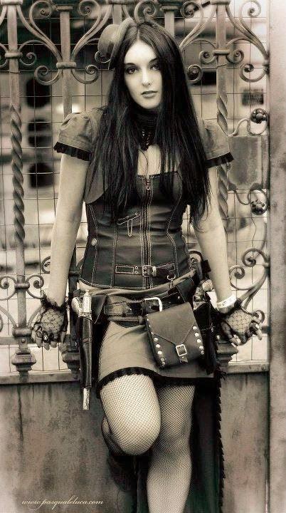 Nova musa do Metal italiano? Confira entrevista com a bela Nicoletta Rosellini do Kalidia