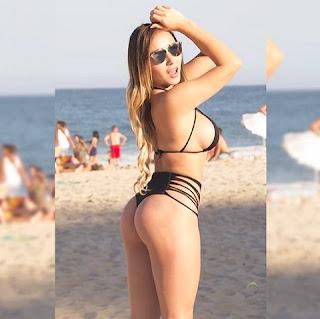 Poucos minutos depois, Daniella resolveu levar os seguidores à loucura e soltou uma das laterais que amarravam o biquíni. A musa do Chile na Copa América usou diferentes estilos de biquínis nas praias do Rio de Janeiro.
