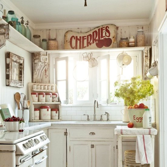 Beautiful abodes small kitchen loads of character for Small country kitchen decorating ideas