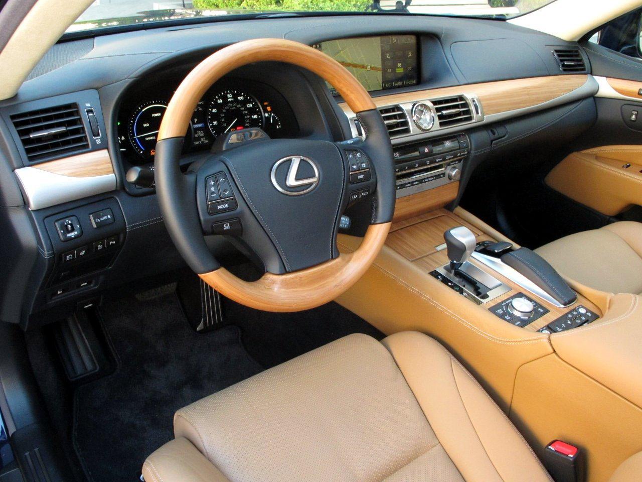 http://2.bp.blogspot.com/-JutLoNbb83M/UMsZeoJGs1I/AAAAAAAAFvE/zfKdcDTLMOw/s1600/2013+Lexus+LS+600h+L+4.JPG
