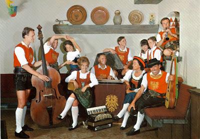 Volkstumsgruppe, St Anton, Austria